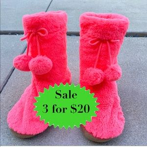 Old navy Fuzzy boot slippers faux fur BOOTIES neon